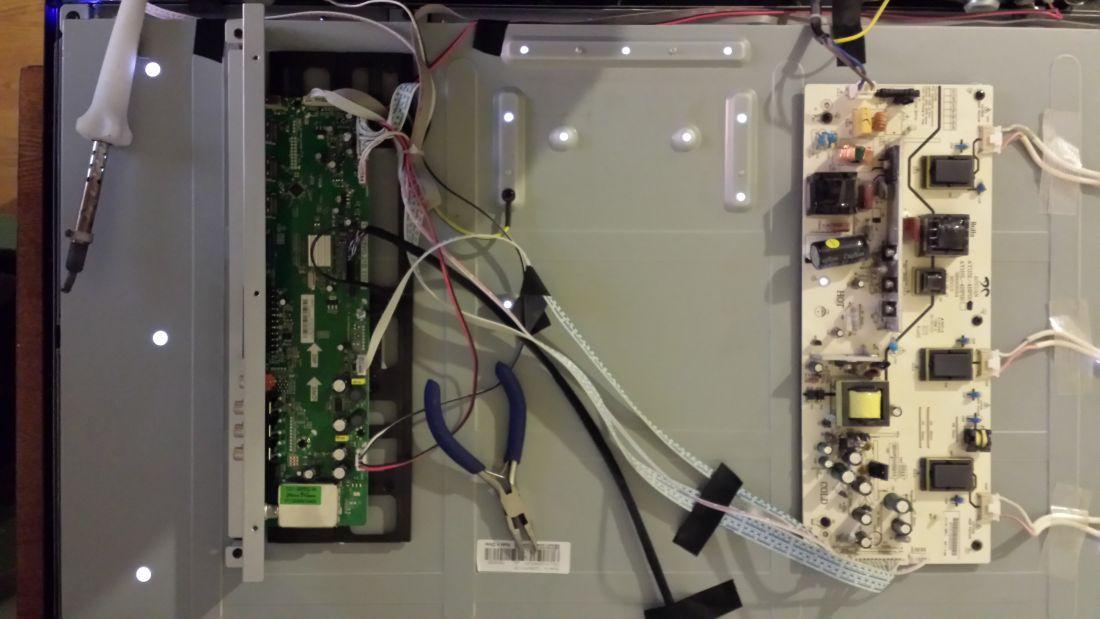 Izumi tl32h700b схема